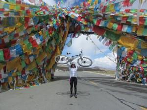 PEDALADAS SOLIDARIAS cruzan el Tibet