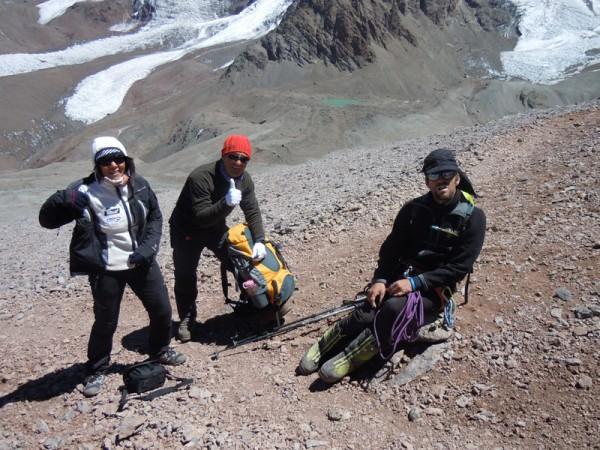 Con Ángel e Inda camino a Campamento Canadá